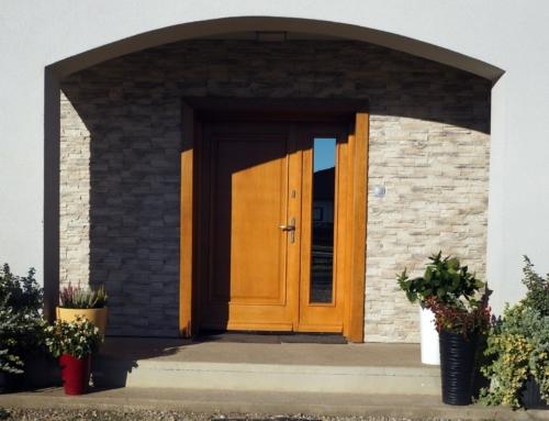 Drzwi zewnętrzne – Milicz